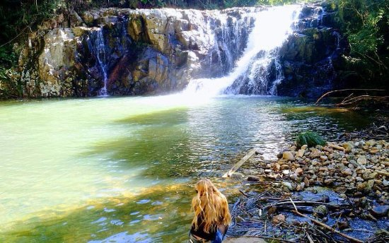 Cascata Trisamya