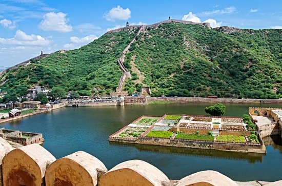 8-Day Golden Triangle Tour with Royal...