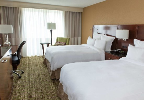 Whippany, NJ: Concierge Double/Double Guest Room