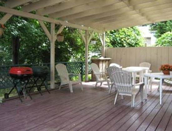 Endwell, NY: Patio Area With Grills