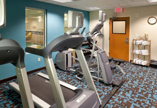 فيرفيلد إن آند سويتس باي ماريوت سان بيرناردينو: Fitness Center