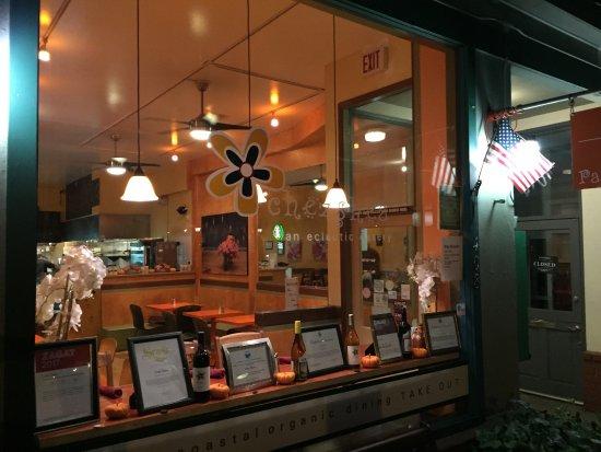 Chez Shea: Front window