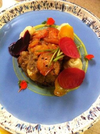 Truro, Canadá: Kalonji Seeds(black asian seeds)Lamb Loin , Aloo bhorta(potato mash)
