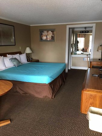 Vandalia, OH: Clean room