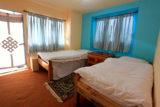 Namche Bazaar, Nepal: Twin Bedroom w/ Attached Bathroom.