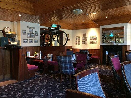 Strangford, UK: Public dining area