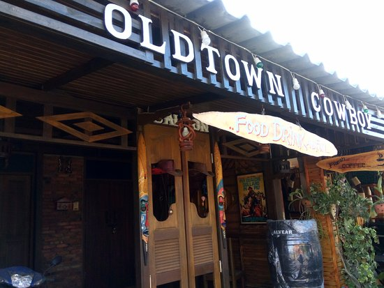 Lanta Old Town: Old town take a rest area  with good friendly  ....much more movie