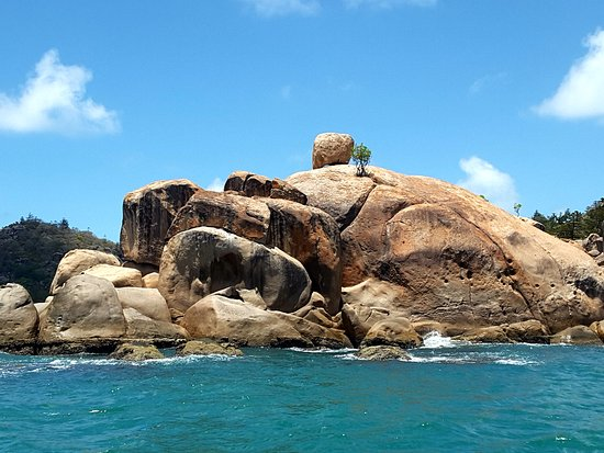Magnetic Island, Australia: Rock formations cover the Island especially into the sea.