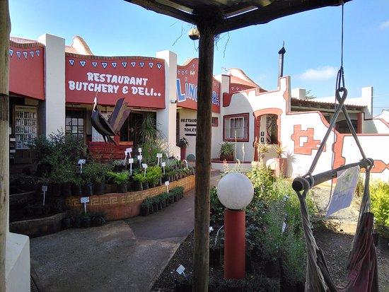 Nottingham Road, South Africa: Linga Lapa Restaurant Entrance