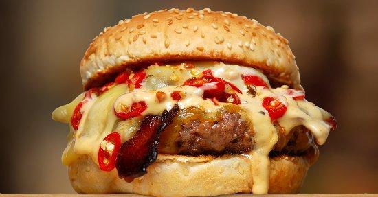 Durbanville, جنوب أفريقيا: Mouth-watering Rocomamas Burger