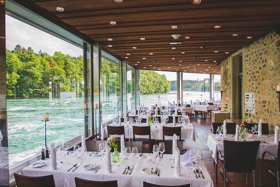 https://media-cdn.tripadvisor.com/media/photo-s/10/f1/dd/1d/das-restaurant-schlossli.jpg
