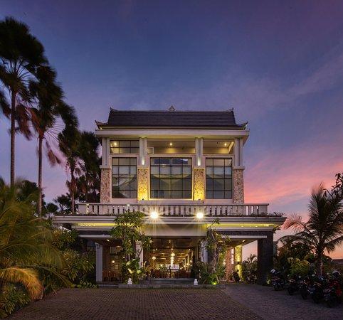 Paragon hotel seminyak updated 2018 resort reviews for The best hotel in seminyak