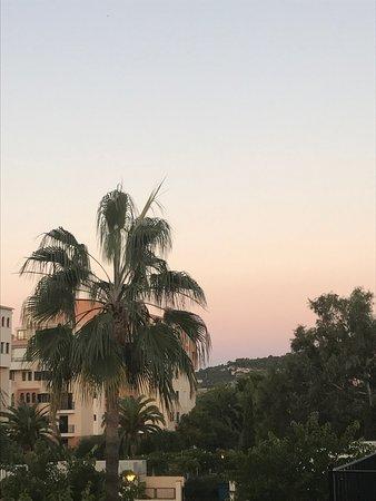 Blue Sea La Pinta: Fantastiskt ställe! När jag läser andras negativa recensioner om hotellet undrar jag om vi varit
