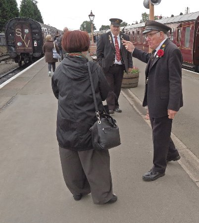 Kidderminster, UK: Always helpful - stationmaster in Kiderminster
