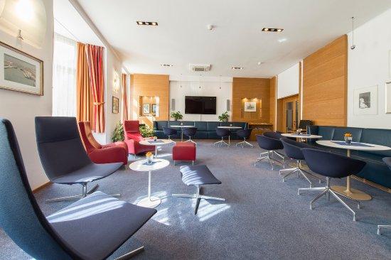 Scala Stiegl Hotel: Hotel Lobby