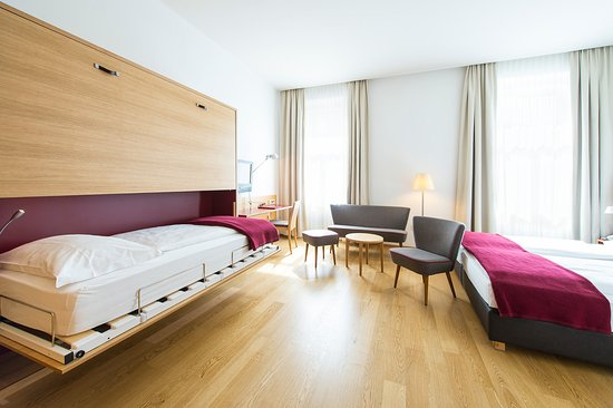 Scala Stiegl Hotel: Comfort Room with extra bed.