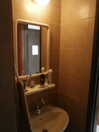 Carina Hotel Apartments Photo