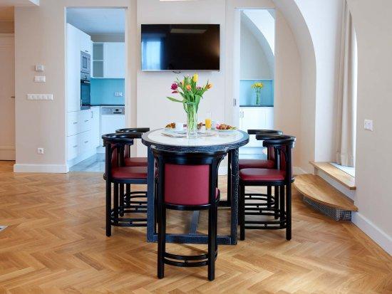 Singerstrasse Apartments: Essbereich