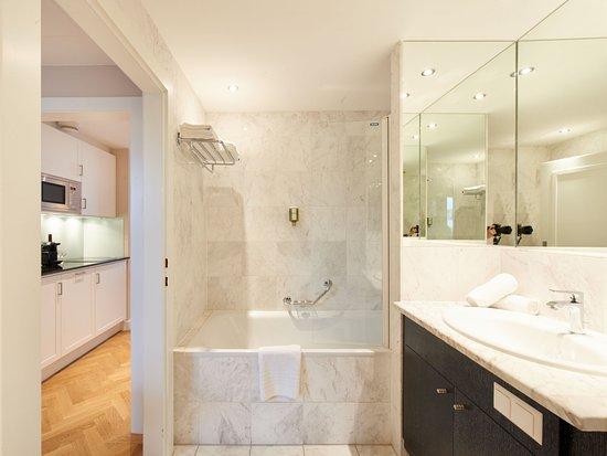 Singerstrasse Apartments: Badezimmer