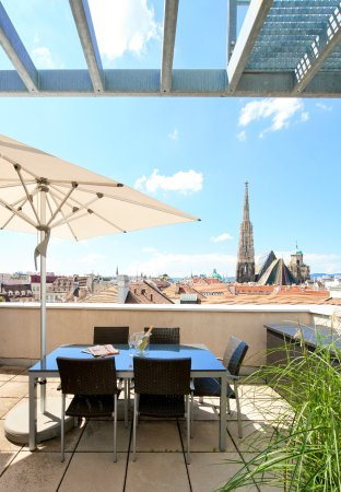 Singerstrasse Apartments: Terrasse