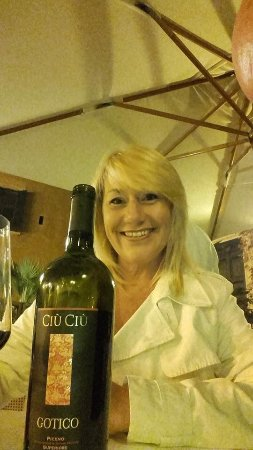 Piperno: Ciu Ciu Gotico is a full bodied red - requires breathing.