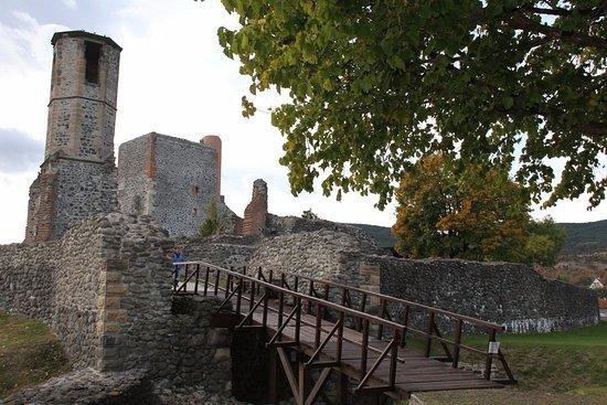 Kisnanai Var : Autumn in the castle