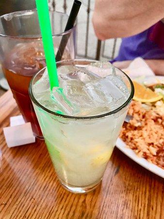 Laguna Niguel, Kalifornia: Blueberry Lemonade with Vodka