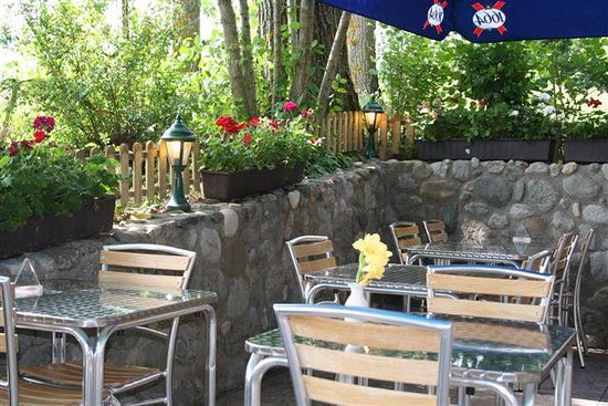 Signy-Grens, Suisse : Terrasse