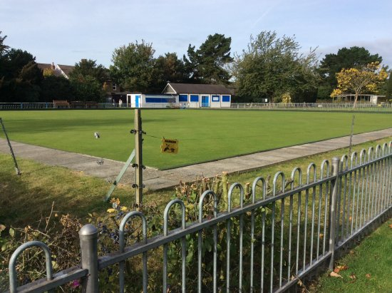Dartford, UK: The Bowling Green and Clubhouse