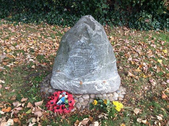 Dartford, UK: Sgt Oldfields Memorial