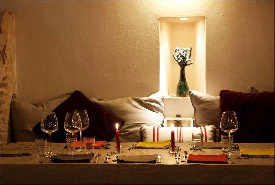 Fienile Fluo: Una cena a lume di candela