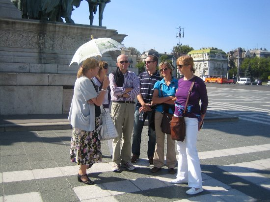 Agnes - Tour Guide in Budapest