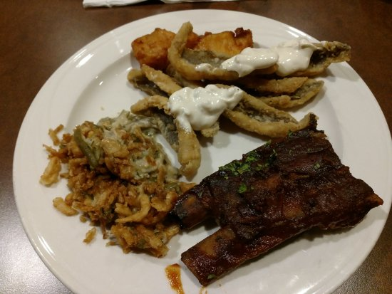 Turtle Creek Casino & Hotel: Large buffet