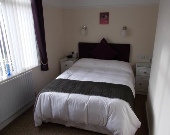 Par, UK: Biscovey is our ground-floor double room.