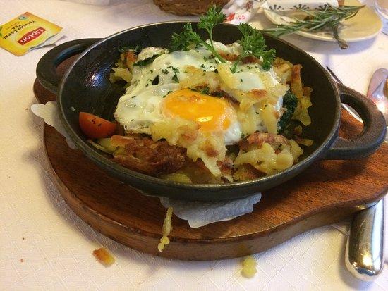 Restaurant La Grotte Mürren: von der seite
