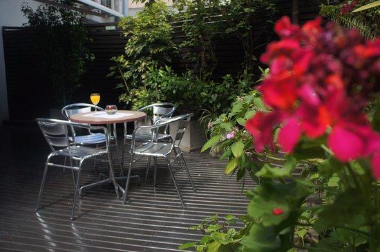 474 BUENOS AIRES HOTEL: Deck