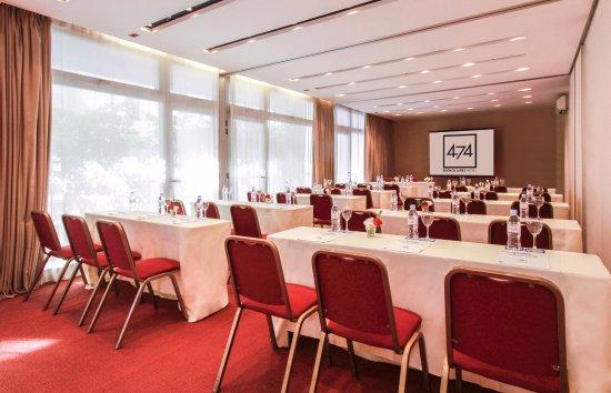 474 BUENOS AIRES HOTEL: Salón DALI
