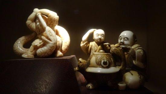 พิพิธภัณฑ์ยิวแอฟริกาใต้: netsuke