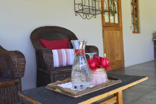 Die Kalaharihuis B&B: Room 6 with patio area