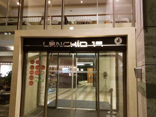 Lanchid 19 Hotel: 20171011_135348_large.jpg