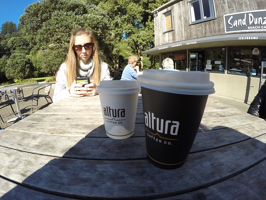 Muriwai Beach, New Zealand: latte