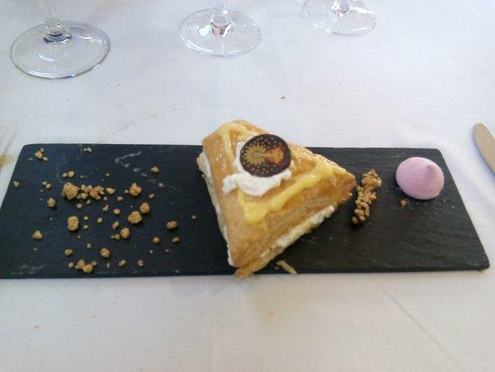 Carinena, Spagna: Muy buena comida y muy bien explicada la visita ala bodega con la maridaje de vinos