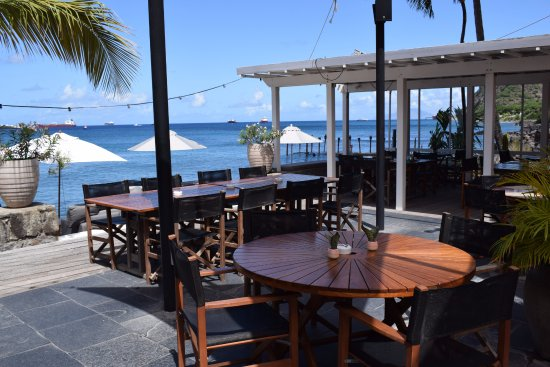 The Old Gin House Restaurant: ocean front dining