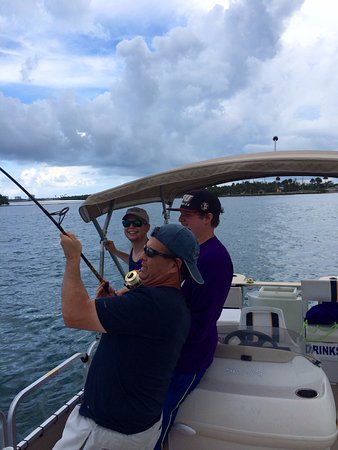 Fort Pierce, FL: Awesome Day of fishing on Pontoon Boat Rental