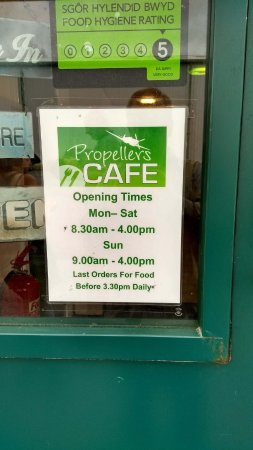 Propellers Cafe: Propellor Cafe Opening Times