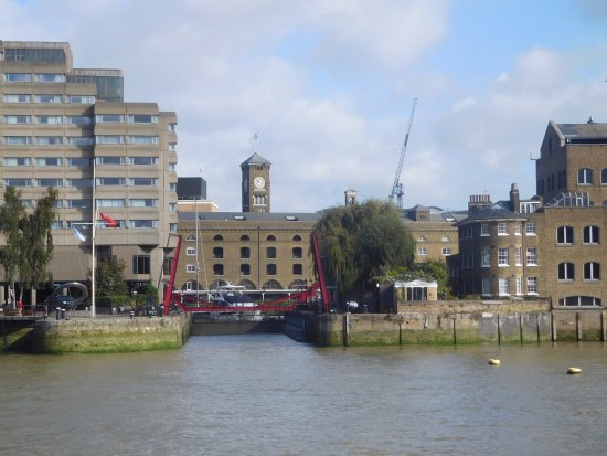 St. Katharine Docks: Looking into Kathrine dock entrance from the Thames