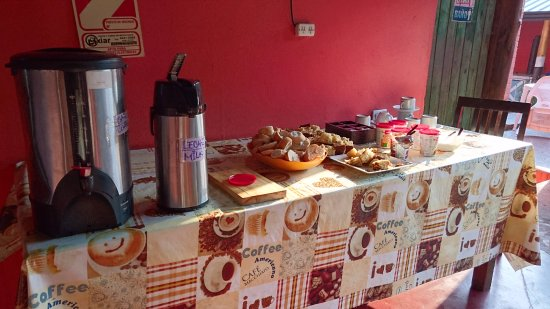 Hostel Sweet Hostel : EL DESAYUNO IGUAL AL DE LA WEB. (IRONIA)