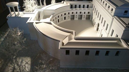 Entrée du musée photo de musée claude nicolas ledoux arc et