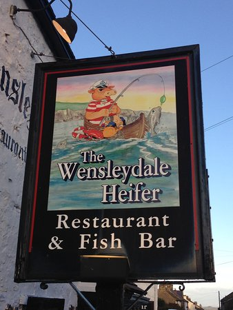 West Witton, UK: The Wensleydale Heifer