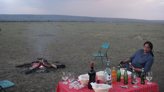 Royal Mara Safari Lodge: evening cocktail in forest arrange by management of lodge